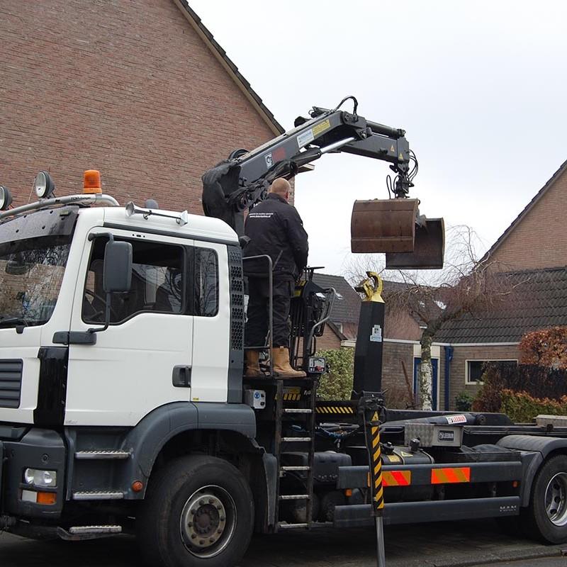 Aanleg tuin en bouw van schutting in Hengelo - 2 van 35