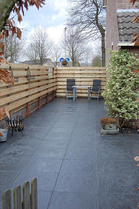 Aanleg tuin en bouw van schutting in Hengelo - 29 van 35