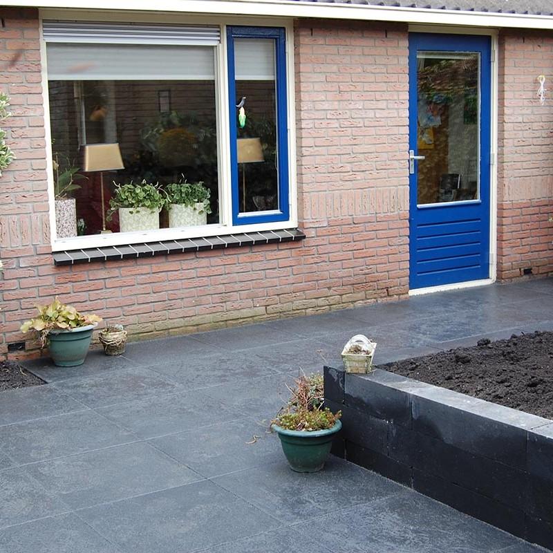 Aanleg tuin en bouw van schutting in Hengelo - 30 van 35