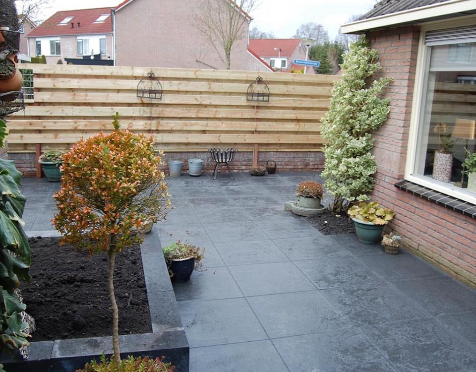 Aanleg tuin en bouw van schutting in Hengelo - 32 van 35