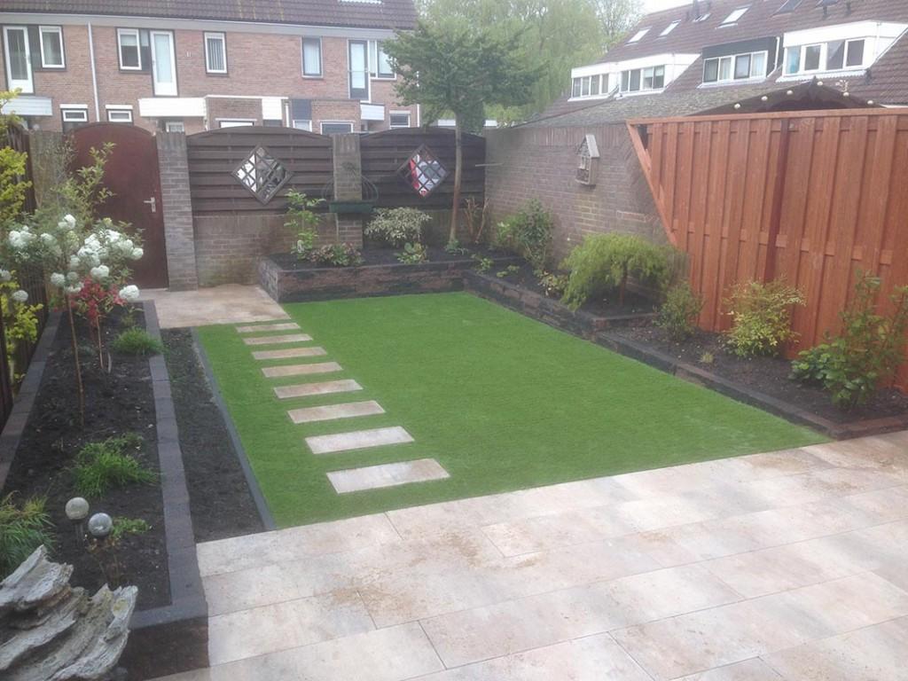 Achtertuin met kunstgras garden desiggarden desig for Voorbeeld tuinen kijken