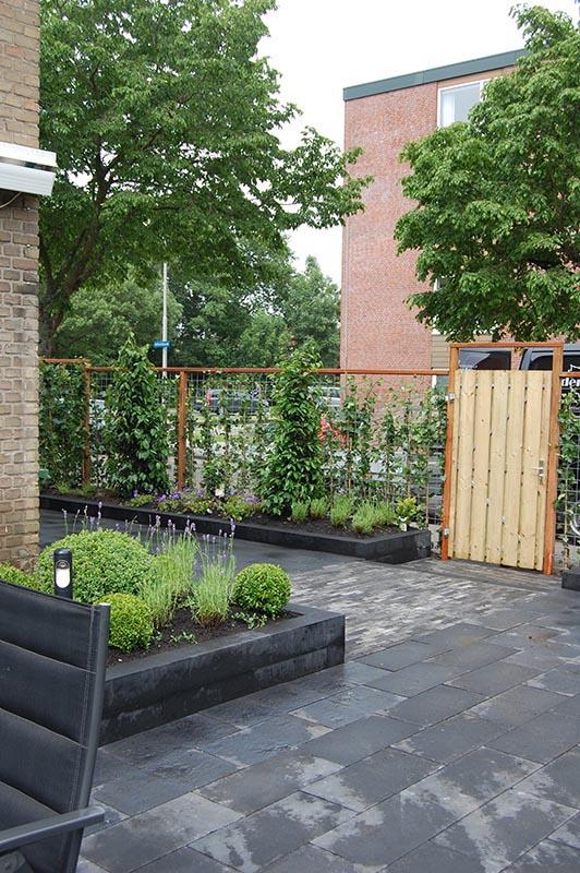 Complete tuin in Santpoort - 11 van 27