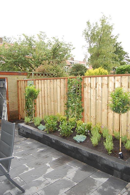 Complete tuin in Santpoort - 18 van 27