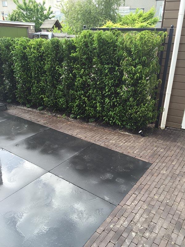 Complete tuin voorzien van tuinmeubulair - 2 van 19