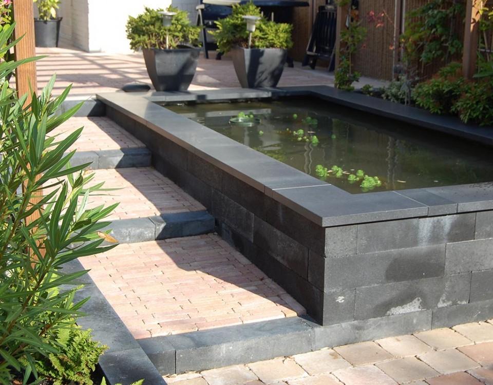 Strakke tuinen modern tuin rotterdam and google on strakke tuin met gemetselde plantenbakken for Tuin modern design