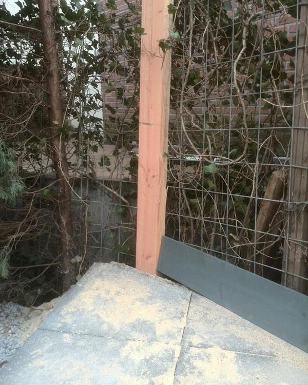 Sschutting Douglas hout met grijze zweedsrabat