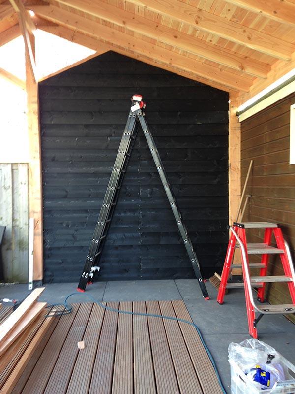 Douglas kapschuur met dakpanplaten - 6 van 10