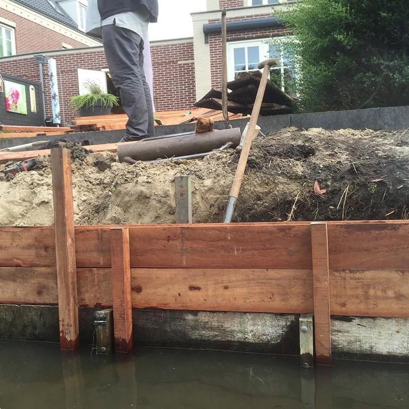 Hardhouten damwand met een overhangend terras van Keramische tegels - 8 van 20