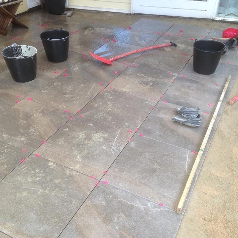 Keramische tegels in patio - 3 van 7
