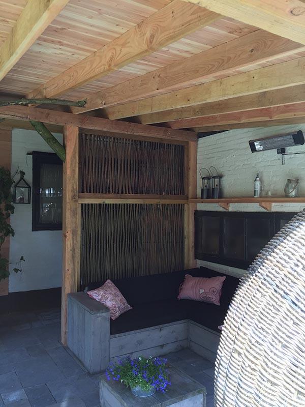Natuurlijke overkapping van Kastanjehout en Douglas hout  - 29 van 37
