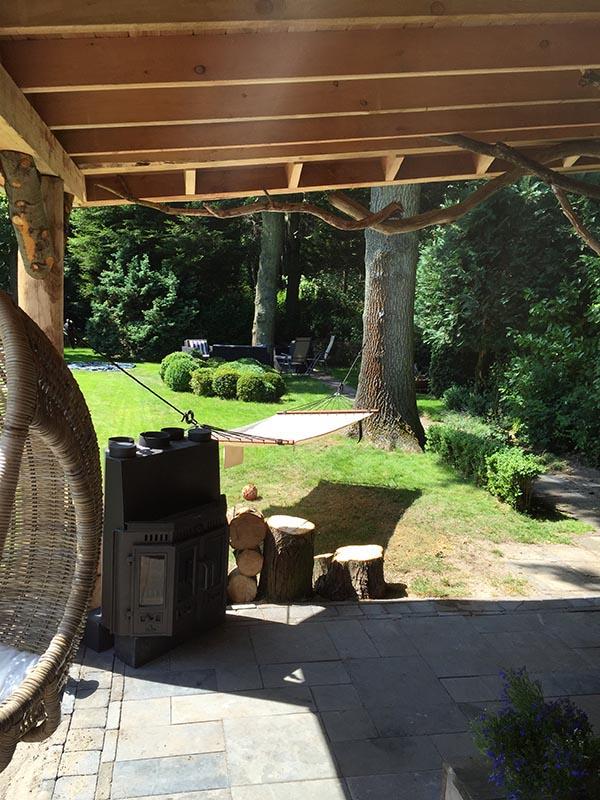 Natuurlijke overkapping van Kastanjehout en Douglas hout  - 35 van 37