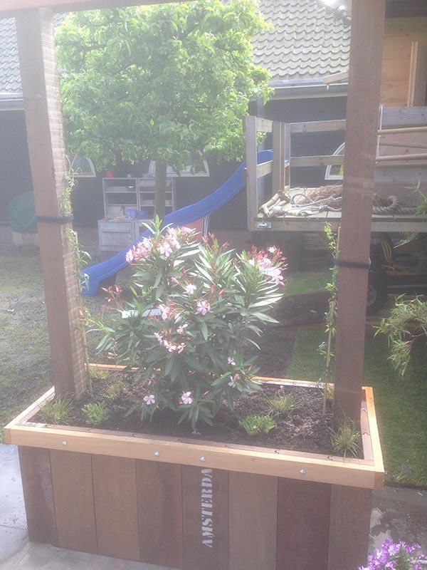 Renovatie van delen achtertuin Beverwijk - 1 van 9