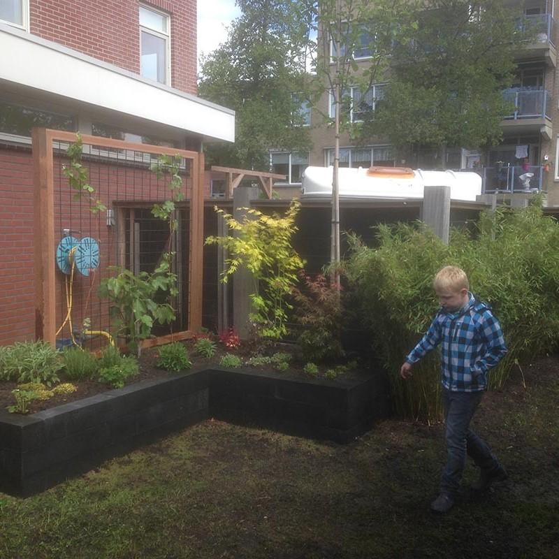 Renovatie van delen achtertuin Beverwijk - 7 van 9
