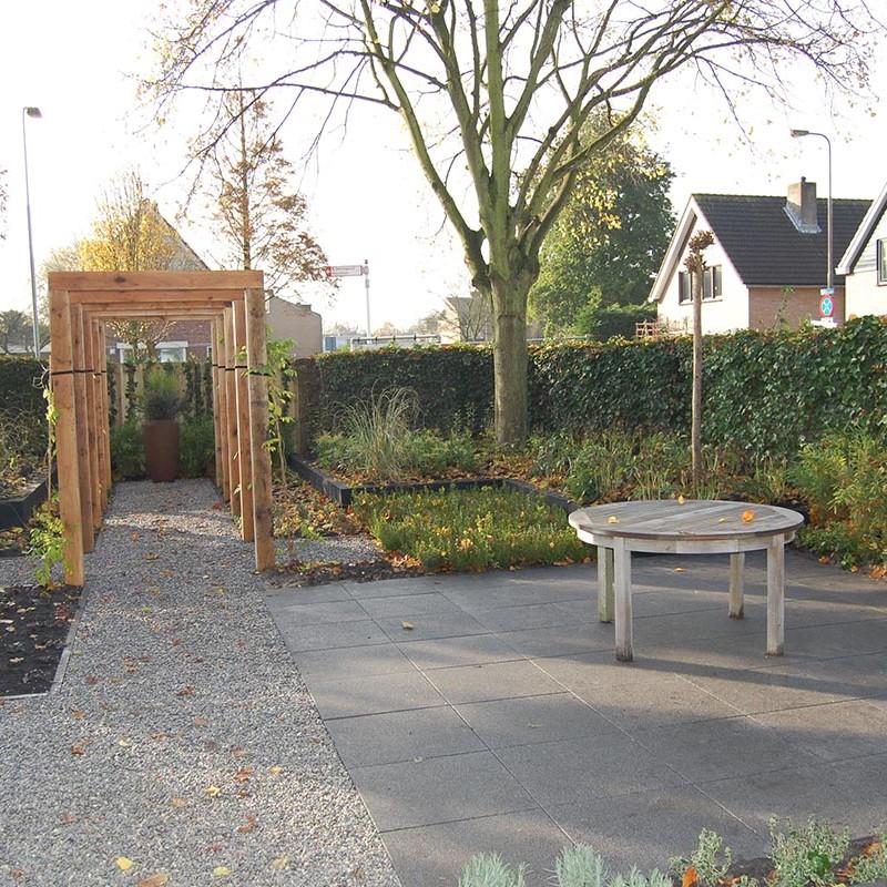Tuin met eikenhouten pergola garden desiggarden desig - Tuin met openlucht design ...